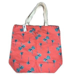 4 / $25 Old Navy Palm Tree Canvas Tote